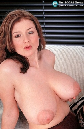 Lorna Morgan August 2001 Voluptuous