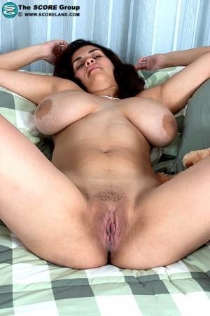 romina lopez   solo big tits photos thumb