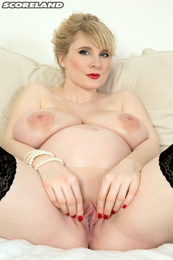 Casey Deluxe - Solo Big Tits photos