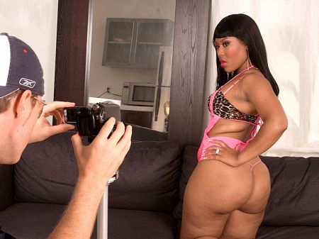 Luscious Louis - XXX Big Butt video