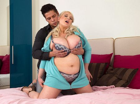 Samantha Sanders - XXX BBW video