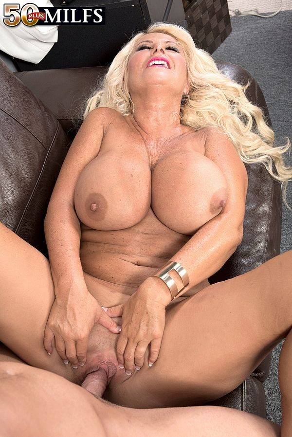 50 Plus MILFs - No business, all pleasure - Annellise ...