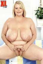 Lou Lou - Solo BBW photos