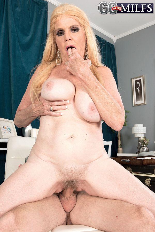My wife suck stranger cock 9