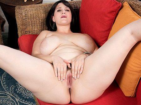 Big-Boobed Panty Soaker