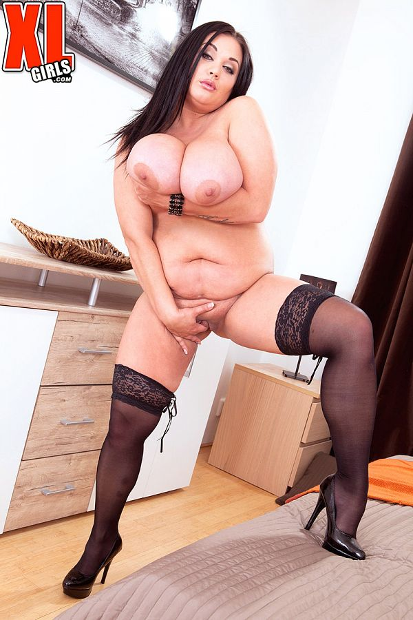 Nila Mason - Solo BBW photos