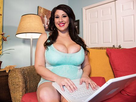 Angel DeLuca - Behind The Scenes BBW video