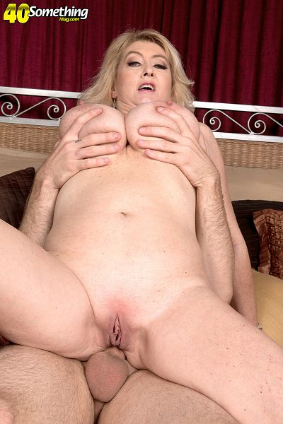 Jeremy Ace - XXX MILF photos