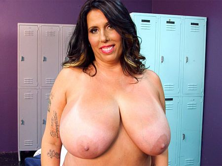Amaya May - Solo Big Tits video