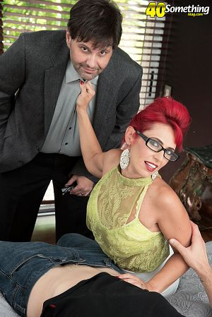 Nola Rouge - XXX MILF photos