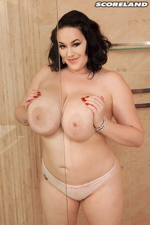 Lila Payne - Solo BBW photos