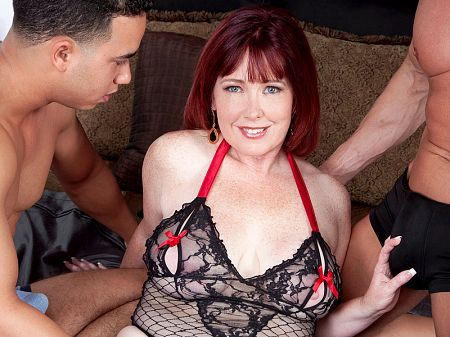 Heather Barron - XXX MILF video