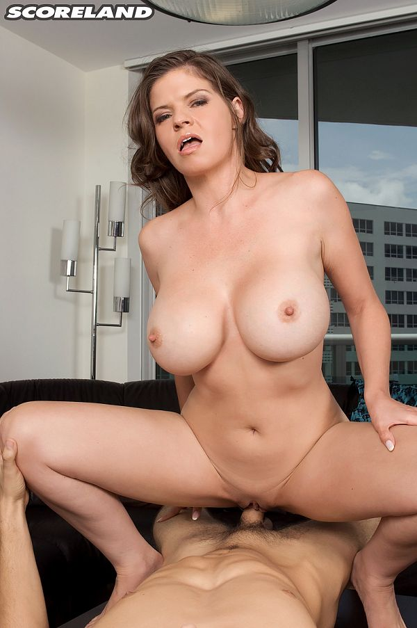 June Summers - XXX Big Tits photos