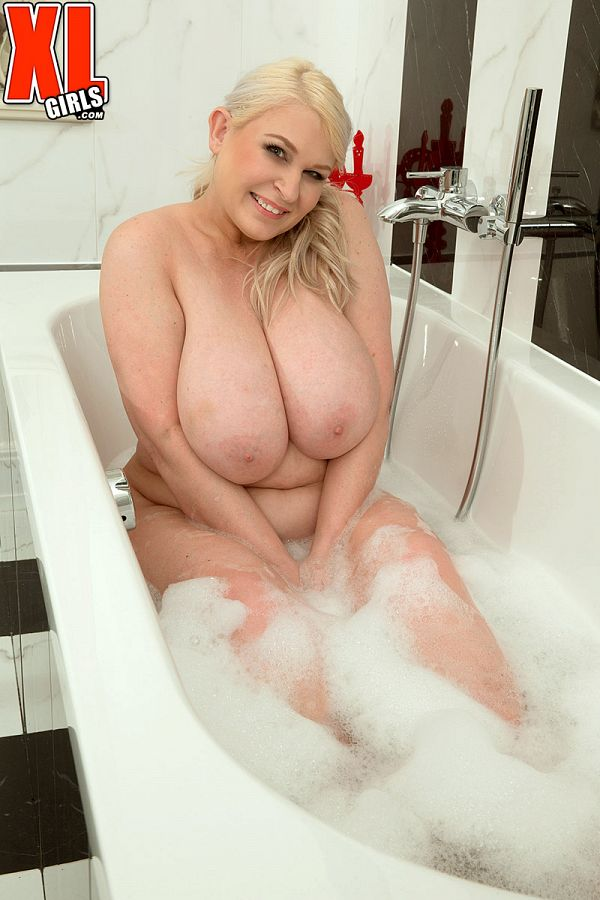 Bubbles & Boobs