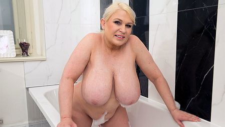Samantha Sanders - Solo Big Tits video
