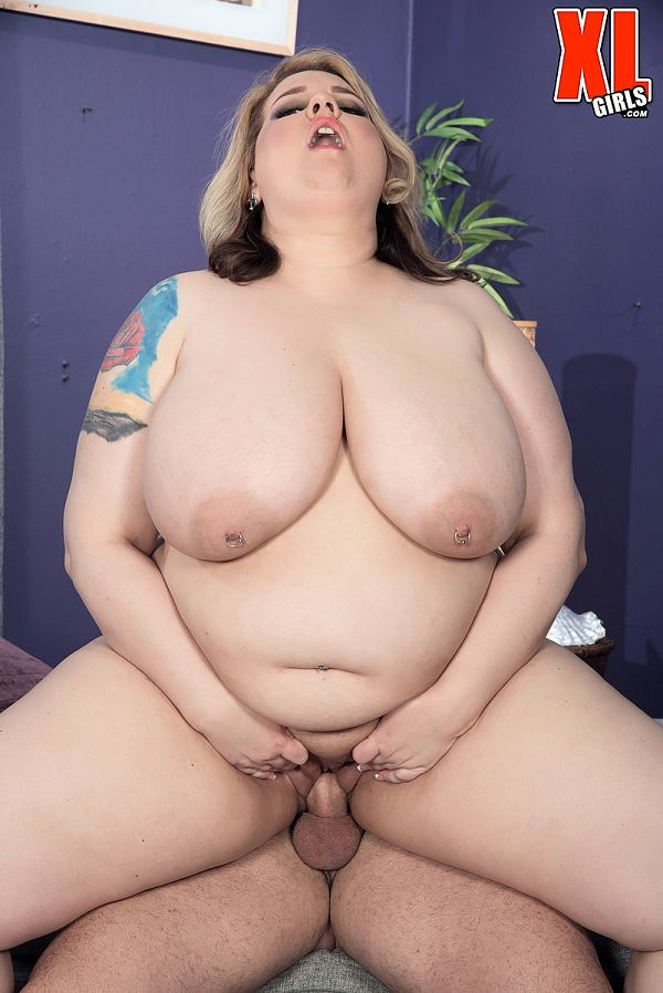Porsche Dali - XXX BBW photos