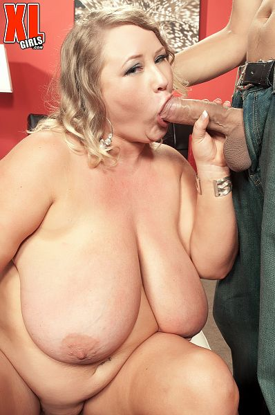 Sienna Hills - XXX BBW photos