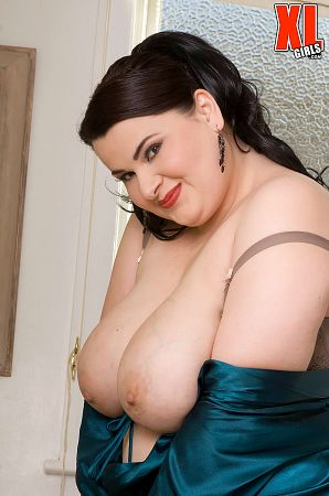 Madison Lee  - Solo BBW photos