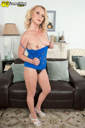Nancy Jay - Solo MILF photos