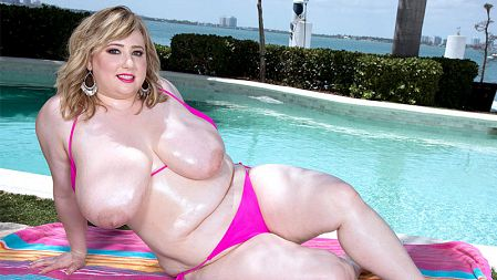 Laddie Lynn - Solo BBW video