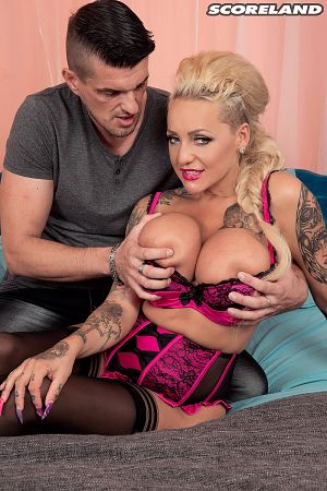 Bambi Blacks - XXX Big Tits photos