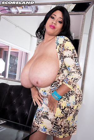 Roxi Red - Solo Big Tits photos