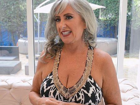 Busty british bbw leah jayne n shanice richards lesbian sex - 1 part 9