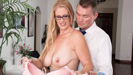Sasha Bell - XXX MILF video