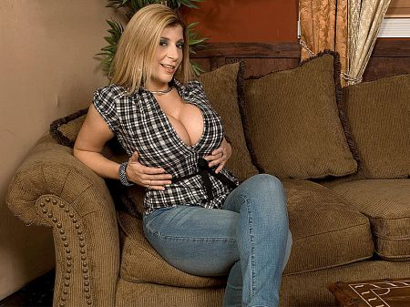 Sara Jay - XXX Big Tits video