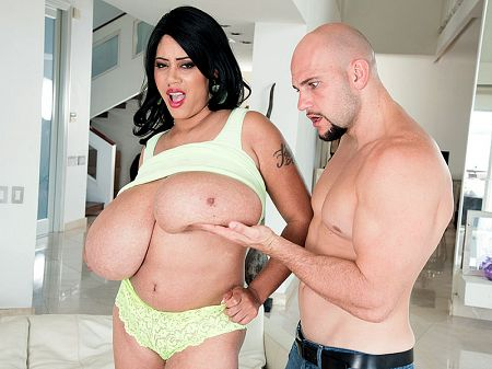 Roxi Red - XXX Big Tits video