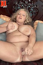 Veronica Vaughn - Solo Big Tits photos