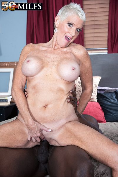 Jax Black - XXX MILF photos