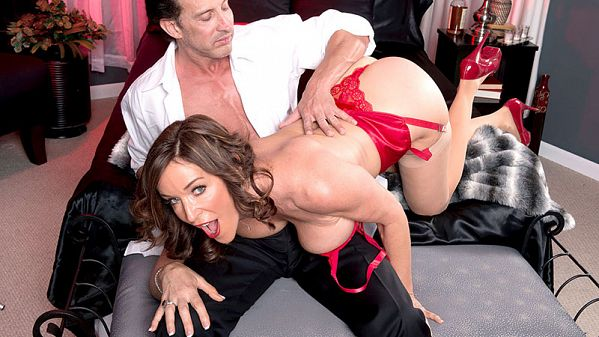 Rachel Steele MILF of the Month