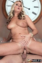 Tarzan - XXX MILF photos