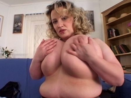 Laura Bailey - Solo BBW video