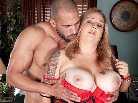 Dani Moore - XXX Big Tits video
