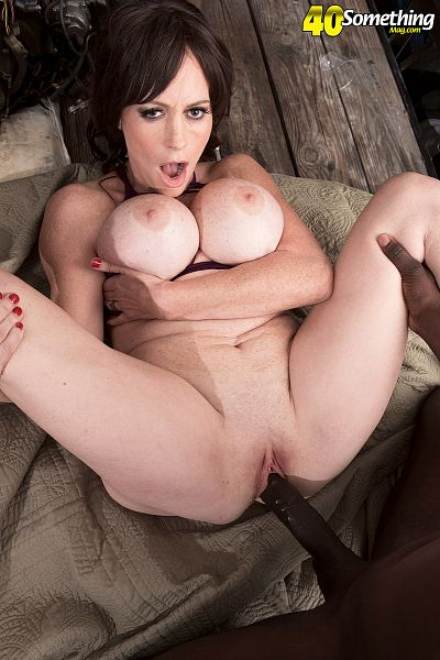Sherry Stunns - XXX MILF photos