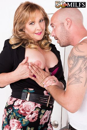 Jimmy Dix - XXX MILF photos