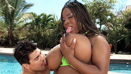 Mianna Thomas - XXX BBW video