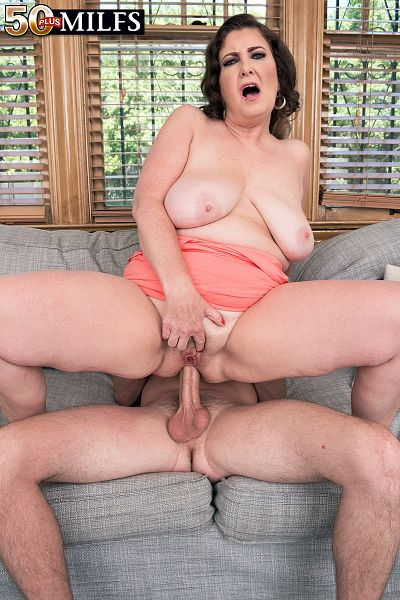 Josie Ray - XXX MILF photos