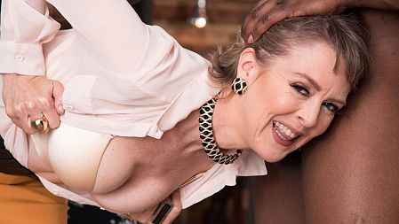 Rob Piper - XXX MILF video