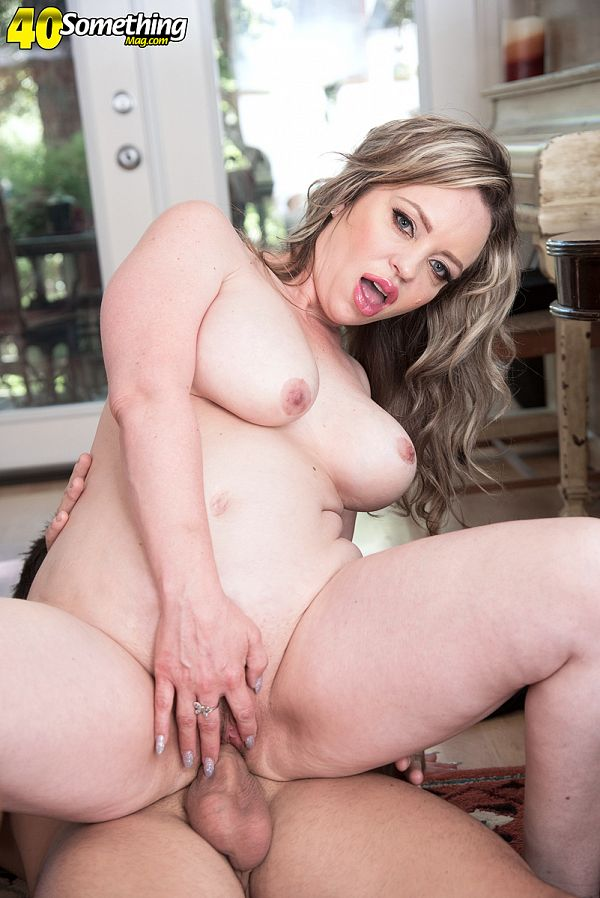 Donnie Rock - XXX MILF photos