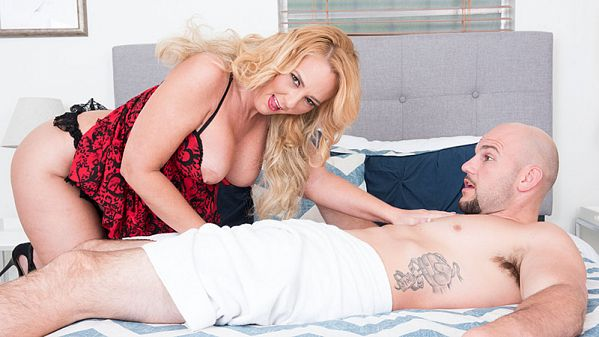 Penelope Star In her first fuck video, Penelope does JMac