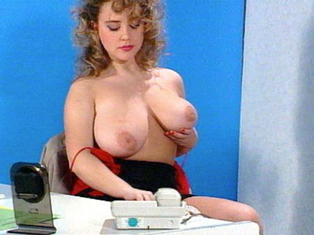 Tracy West - Solo Big Tits video