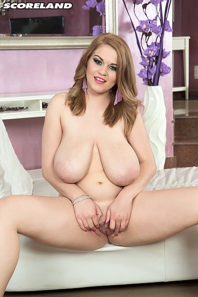 Erin Star - Solo Big Tits photos