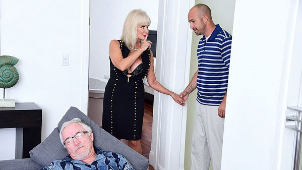 Leah L'Amour 64-year-old Leah fucks. Her hubby watches.