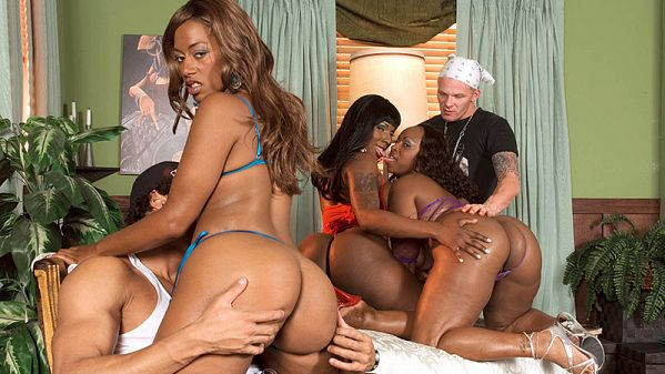Kelly Starr The Thong Team's five-way orgy