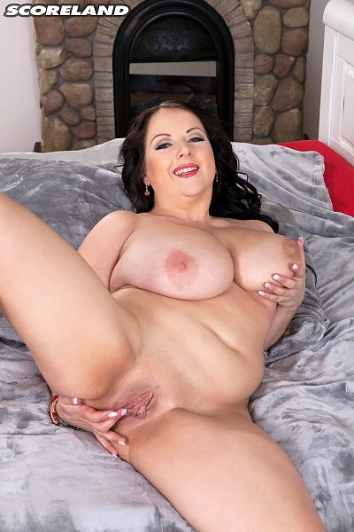 Agnes Poulin - Solo Big Tits photos