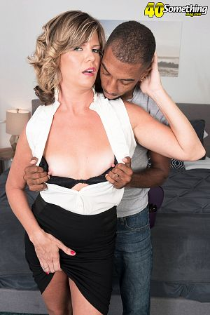 Hannah Grace  - XXX MILF photos