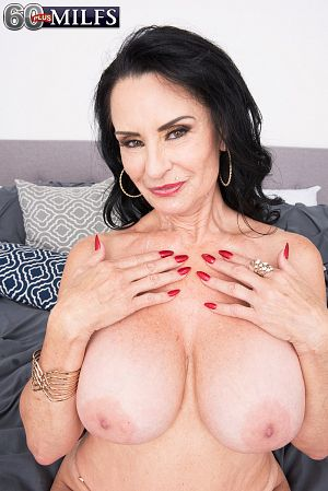 Rita Daniels - XXX Big Tits photos